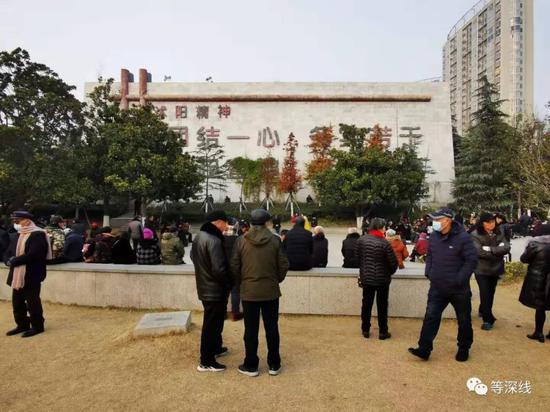 网红县官融资黑洞:民企帮政府贷款后陷深渊