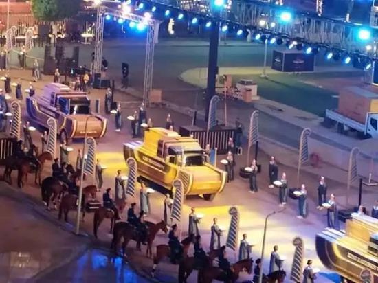4月3日,埃及政府为22具著名国王、女王和王后的木乃伊举行盛大搬家仪式