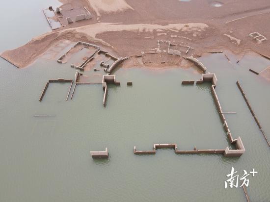 疑似古代豪宅的建筑结构