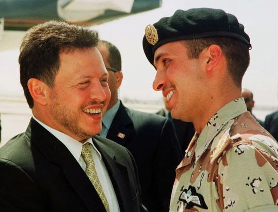 约旦国王阿卜杜拉二世和约旦哈姆扎亲王。/ICphoto