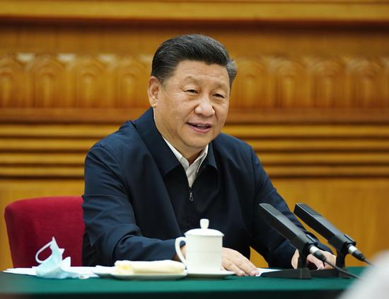 2020年7月21日,中共中央总书记、国家主席、中央军委主席习近平在京主持召开企业家座谈会并发表重要讲话。新华社记者 鞠鹏 摄