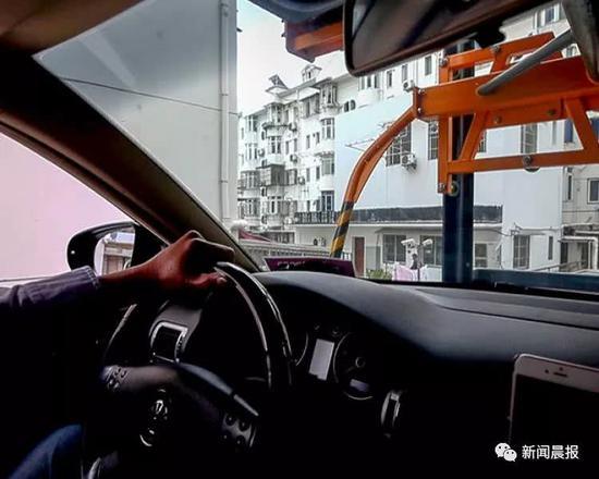 建设方:企业想缓解自身停车难