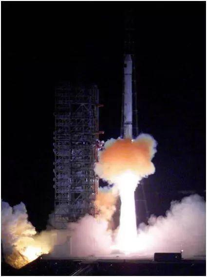 △中国成功发射第一颗导航定位卫星