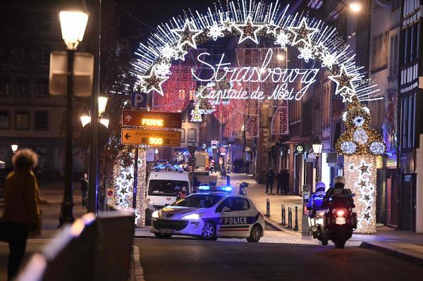 当地时间2018年12月11日,法国东部城市斯特拉斯堡圣诞集市发生枪击案。 视觉中国 图
