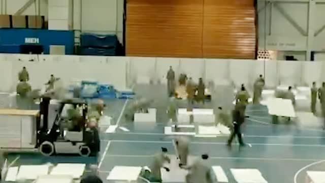 刻不容缓!美国出动国民警卫队抢建方舱医院现场画面曝光