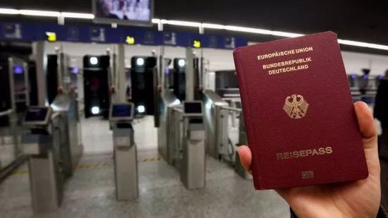 ▲德国护照 图据CNN