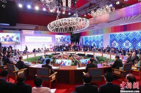 11月14日,中国国务院总理李克强在菲律宾国际会议中心出席第12届东亚峰会。