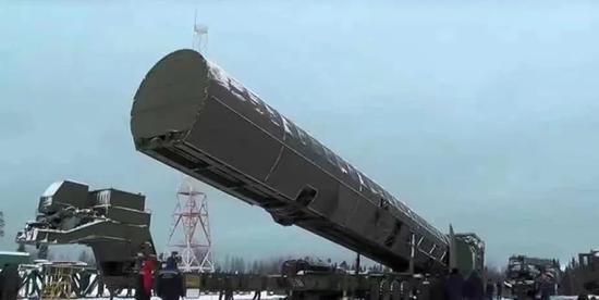 """▲ """"萨尔马特""""洲际弹道导弹"""
