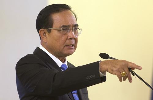 2月1日,泰国总理巴育在曼谷总理府举行的发布会上讲话。(新华社/美联)