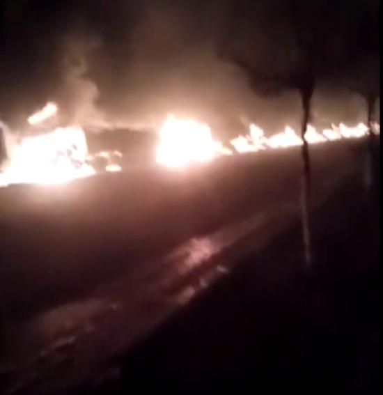 11月28日,河北张家口爆炸起火现场。图片/视频截屏