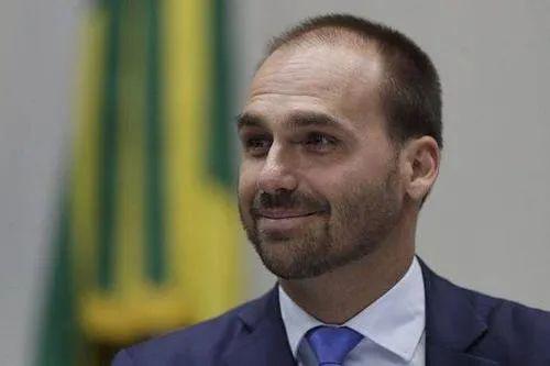 巴西最大政治家族4人确诊 曾甩锅中国又向中国求救