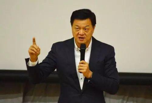 前台北县长周锡玮