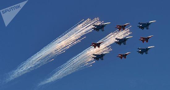 俄罗斯空军(俄罗斯卫星通讯社)