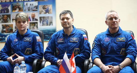 三名宇航员(图:塔斯社)