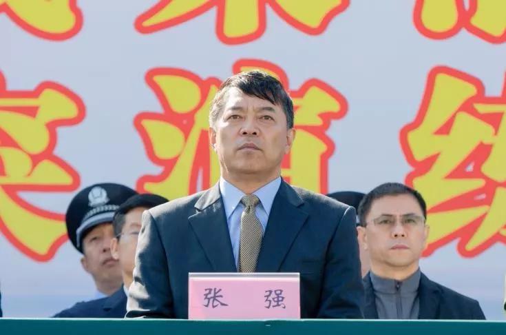 市委常委、政法委书记张强