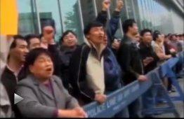 法拉盛现场愤怒的华人华侨