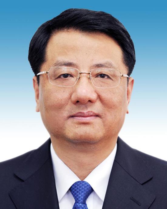 黄关春同志简历