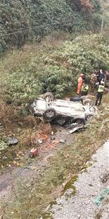 图为:昨日的事故现场