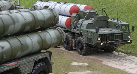 S-400防空导弹体系(图源:俄通社)