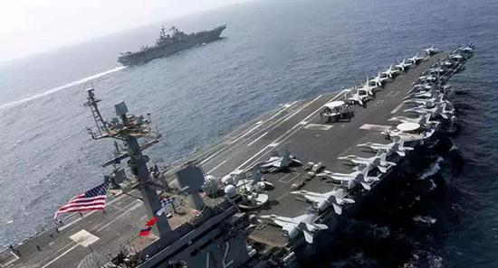 美军航母战斗群部署波斯湾