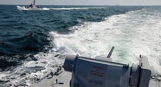 """3月18日,乌克兰国防部长塔兰在与日本防卫大臣岸信夫会谈后表示,日本将参加""""海风-2021""""军演(图源:俄罗斯卫星通讯社)"""
