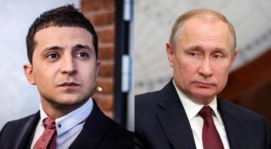 泽连斯基(左)与普京(右)。