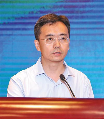 吕艳滨中国社会科学院法学研究所法治国情调研室主任、研究员
