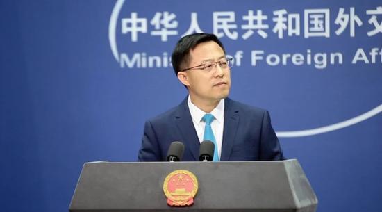 10月26日,外交部发言人赵立坚宣布中方制裁三家美国军工企业。图源:人民日报微博