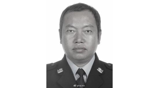 廣東麵向港澳招5名公務員