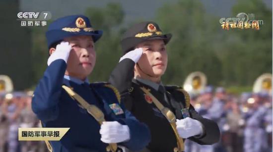程晓健少将(左)与唐冰少将