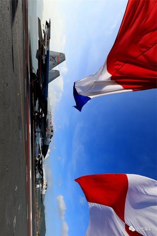 阿尔及利亚海军实力_山东舰高清大图震撼来袭 你想要的角度这都有_新浪新闻