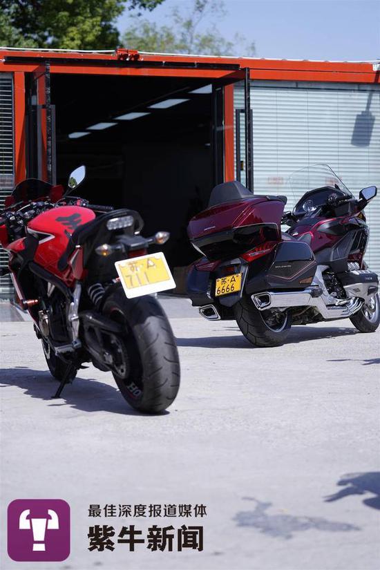 """疯狂的铁皮!南京摩托车""""大牌""""价格飙至10万元"""
