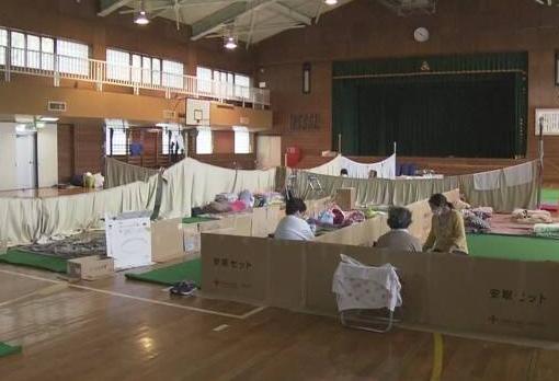 北海道的一处避难所(图源:NHK)
