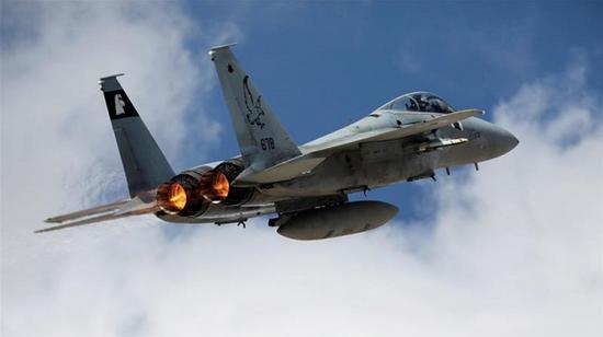 27日以色列军方发布声明证实,当天对叙利亚发动空袭。(图源:半岛电视台)