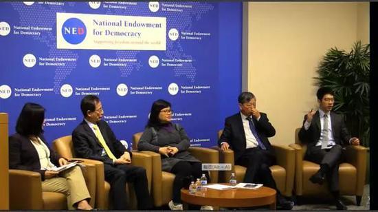 李柱铭(左二)、罗冠聪(右一)所率领的代表团2019年5月14日在美国国家民主基金会作专题演讲