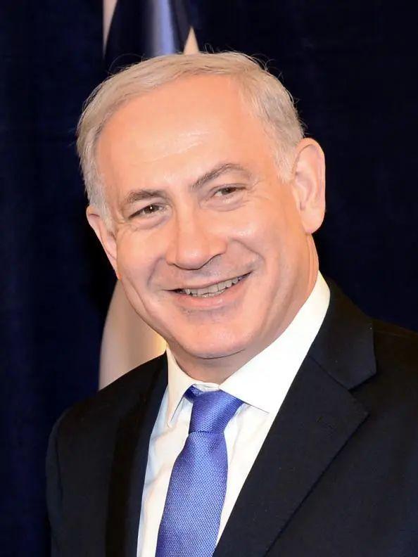 现任以色列总理的本雅明•内塔尼亚胡,当时也参与了营救行动。