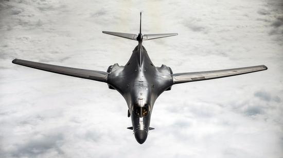 资料图:美军B1-B轰炸机 (法新社)