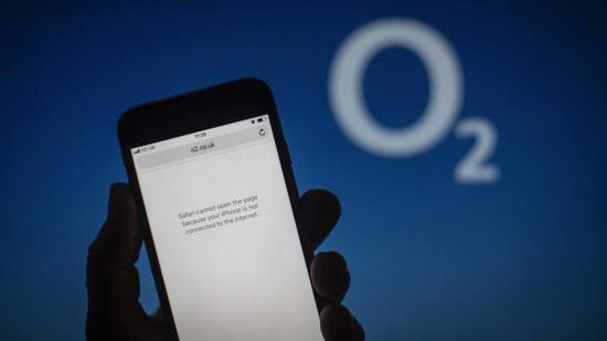 英国移走运营商O2公司的用户无法上网(英国《金融时报》)