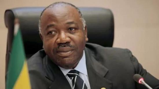 加蓬总统目前并不在加蓬国内