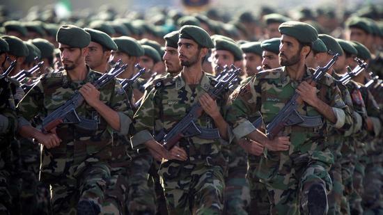 资料图:伊朗伊斯兰革命卫队。(图:路透)