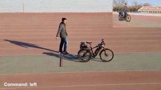 视频:基于天机芯片的类脑自动行驶自行车