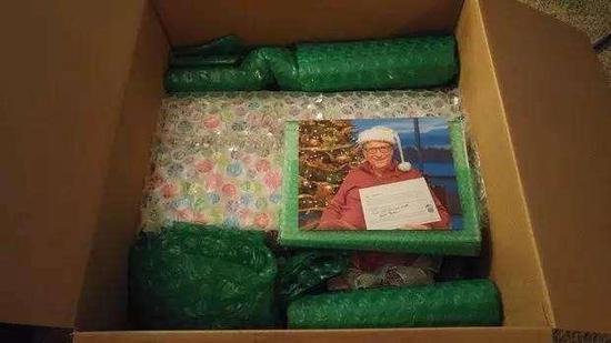 美国女子网上交换圣诞礼物 对方是比尔-盖茨