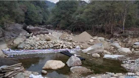位于大安源小组河道内的取水点 来源:澎湃新闻
