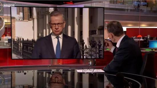 迈克尔·戈夫批准BBC采访