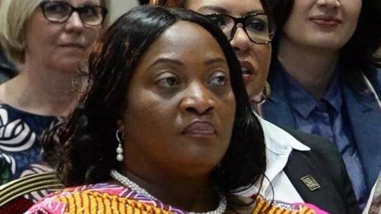 利比里亚副总统确诊新冠肺炎 已飞往国外接受治疗