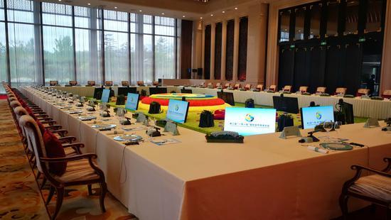 △工作午餐及第二階段圓桌峰會都是在海晏廳舉行的。(央視記者韓銳拍攝)