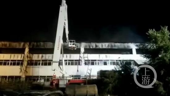 ▲过火的建筑物外观。图片来源/网络