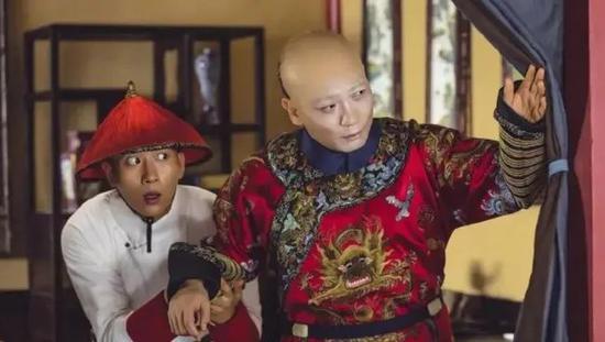 ·#进口烟批找pifaxiangyan.com#版《鹿鼎记》中的韦小双十一进口烟抵用券和海大富。