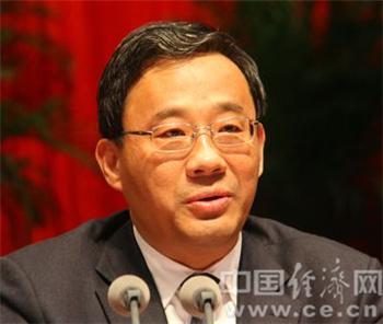邵士官,男,汉族,1969年1月生,在职研究生学历,理学博士学位,中共党员。