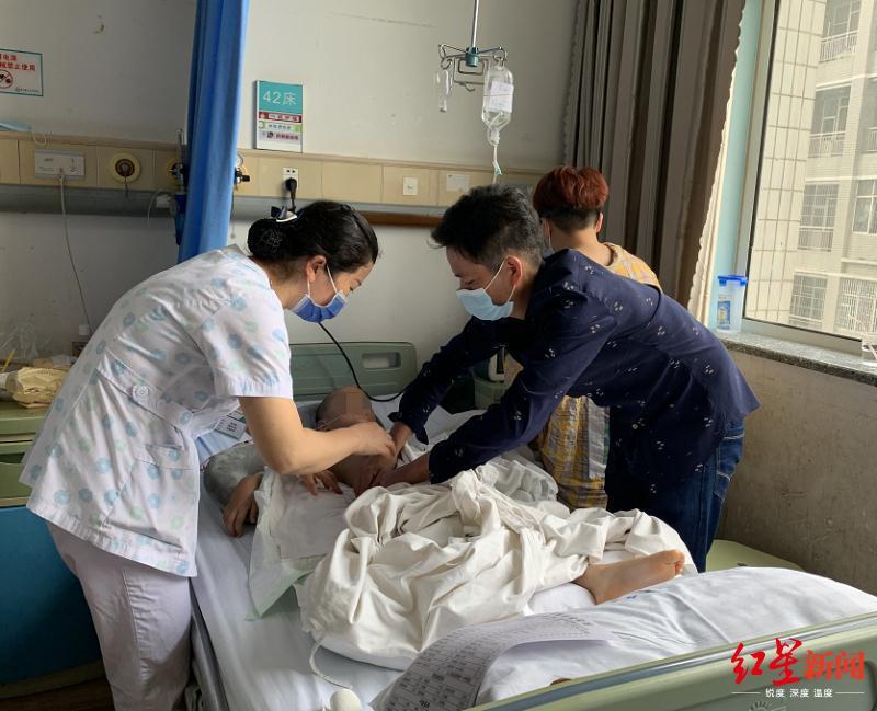 ↑小瑾在医院接受治疗。图据贵州广播电视台2频道官方微信